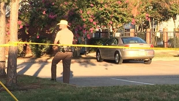 Quatre morts et un blessé dans une fusillade au Texas - ảnh 1