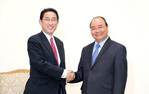 Un responsable du Parti libéral démocrate japonais en visite au Vietnam  - ảnh 1