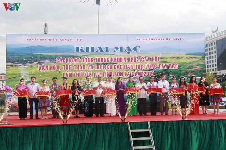 Existe-t-il des compétitions sportives entre les différentes ethnies au Vietnam? - ảnh 1