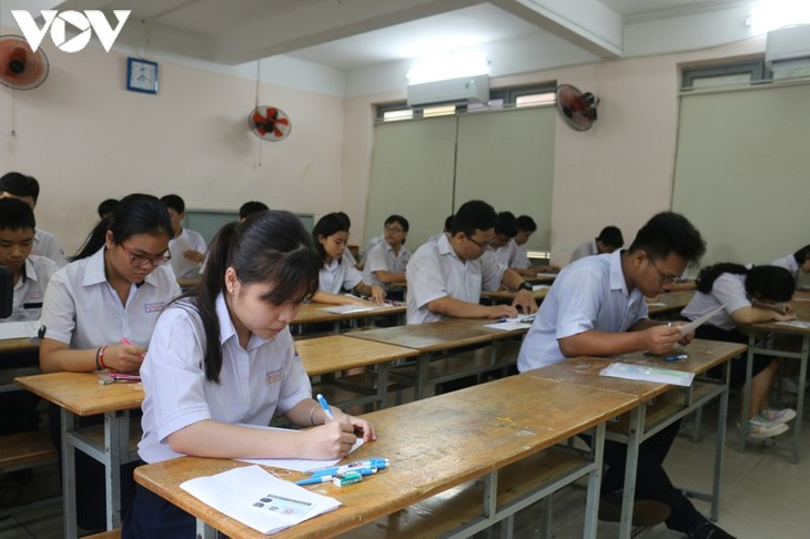 Le Covid-19 pertube-t-il les examens au Vietnam? - ảnh 1