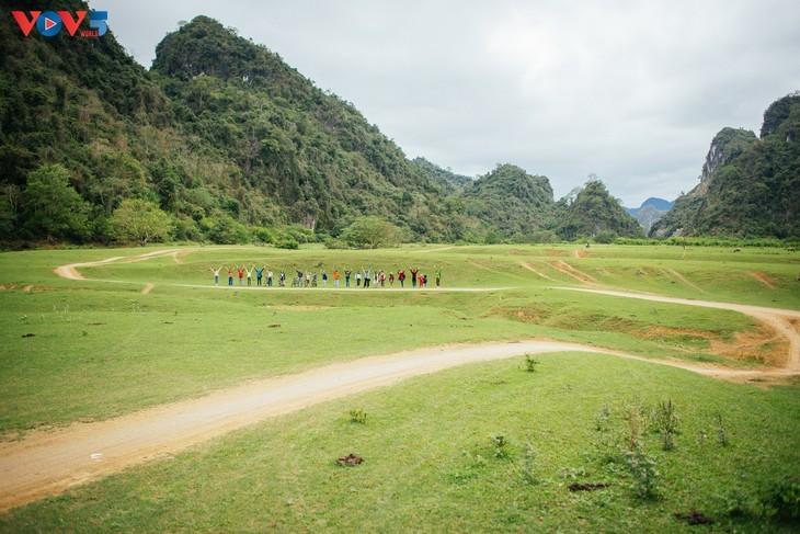 Dông Lâm – une destination idéale pour faire du camping - ảnh 18