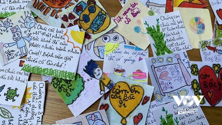 Les enfants adressent des messages de soutien aux personnes en première ligne contre la pandémie   - ảnh 5