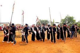 Upacara memohon hujan dari rakyat etnis minoritas Kho Mu. - ảnh 2