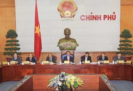 Konferensi online antara Pemerintah dengan pimpinan teras 63 provinsi dan kota - ảnh 1