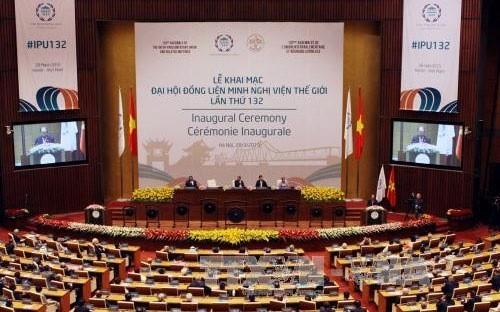 Hukum internasional dalam masalah kedaulatan nasional - ảnh 1