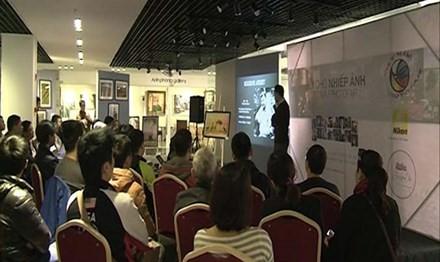 Membuka pameran-pekan raya foto ke-2 di Vietnam - ảnh 1