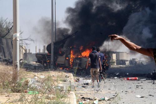 Libia: IS memperkuat  serangan-serangan bunuh diri terhadap kekuatan pendukung Pemerintah - ảnh 1