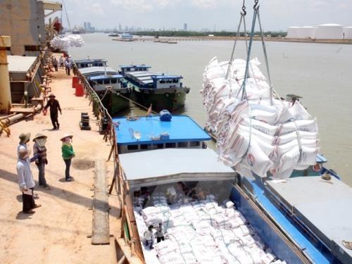 Thailand aktif memperhebat ekspor, memperhatikan pasar-pasar  Kamboja-Laos, Myanmar dan Vietnam - ảnh 1