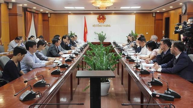 Uni Eropa memberikan bantuan sebesar 108 juta Euro kepada Vietnam untuk melakukan reformasi cabang energi - ảnh 1