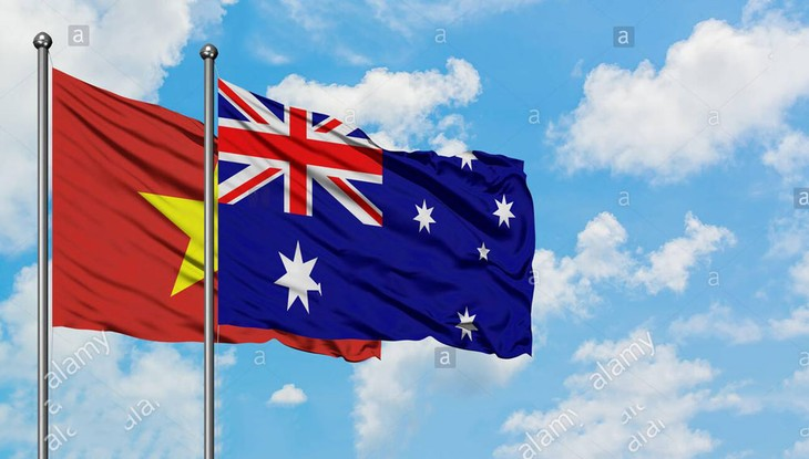Pimpinan senior Viet Nam mengirimkan tilgram ucapan selamat sehubungan dengan peringatan ulang tahun ke-232 Hari Nasional Australia - ảnh 1