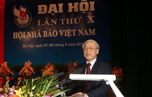 Sekjen, Presiden Nguyen Phu Trong mengirimkan surat ucapan selamat sehubungan dengan peringatan ulang tahun ke-70 berdirinya Persatuan Wartawan Viet Nam - ảnh 1