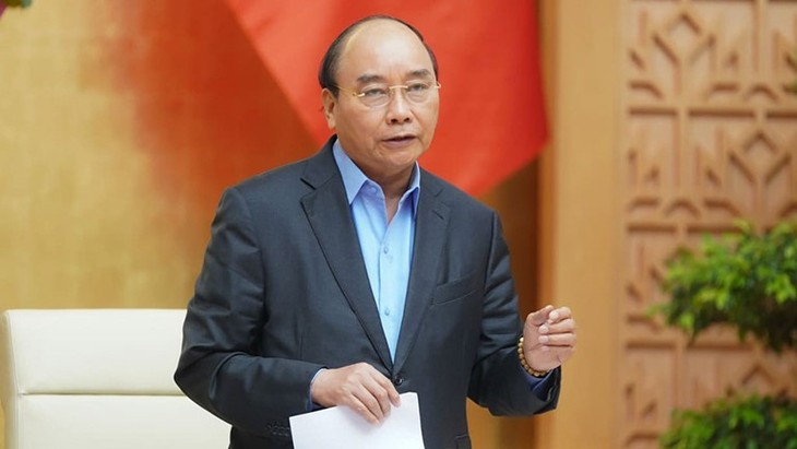 PM Nguyen Xuan Phuc: Kota Ha Noi harus menyelesaikan target rencana tahun 2020 - ảnh 1