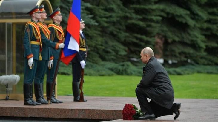 Rusia mencela AS merendahkan peranan Unisoviet dalam Perang Dunia II - ảnh 1