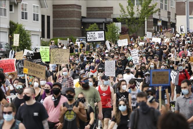 Presiden AS memperingatkan akan bersikeras menghadapi para demonstran di Washington DC - ảnh 1