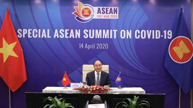 ASEAN 2020: Media internasional menilai tinggi solidaritas intrakawasan ASEAN dalam pandemi Covid-19 - ảnh 1