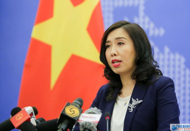 Viet Nam menyambut pendirian negara-negara tentang masalah Laut Timur yang sesuai dengan hukum internasional - ảnh 1