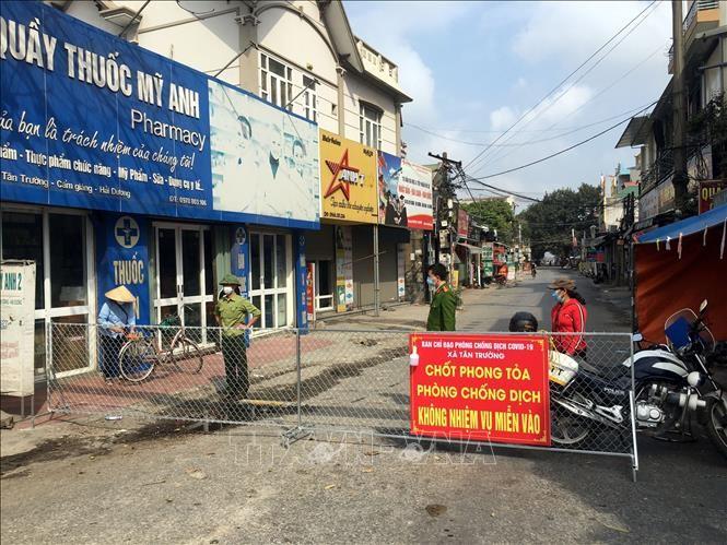 Wartawan Jerman Apresiasi Pencegahan dan Penanggulangan Wabah Covid-19 di Viet Nam - ảnh 1