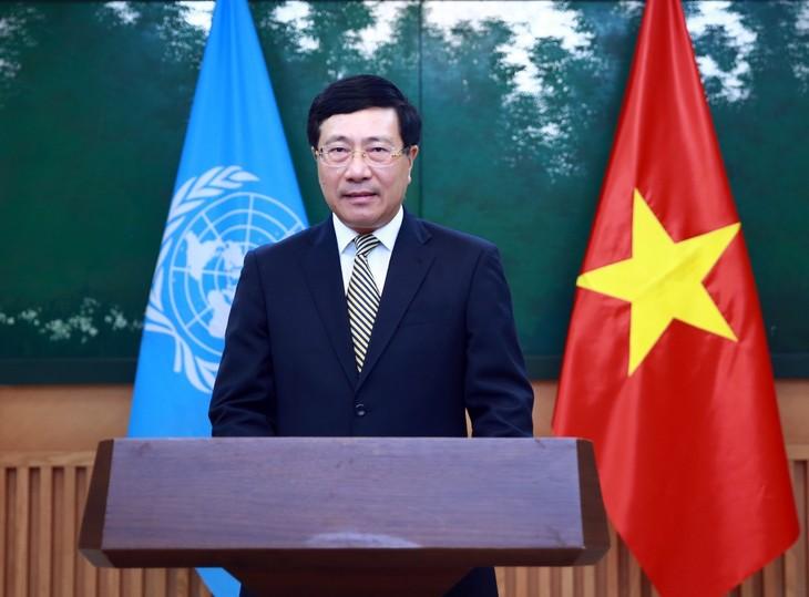 Deputi PM Pham Binh Minh Kirimkan Pesan kepada Persidangan ke-77 UNESCAP - ảnh 1