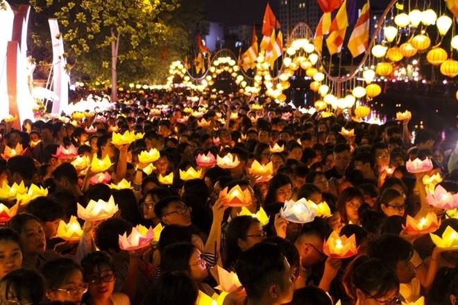 Tidak Ada Ocehan Manapun yang Bisa Memutarbalikkan Kenyataan tentang Kebebasan Berkepercayaan dan  Beragama di Viet Nam - ảnh 2