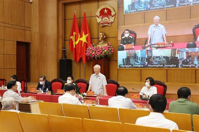 Sekjen Nguyen Phu Trong Melakukan Kontak dengan Pemilih Kota Ha Noi - ảnh 1