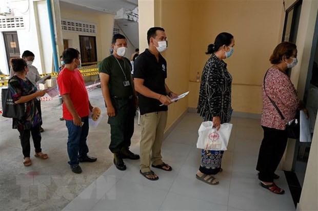 ທ່ານນາຍົກລັດຖະມົນຕີ ກຳປູເຈຍ Hun Sen ຂອບໃຈນາຍົກລັດຖະມົນຕີ ຫງວຽນຊວັນຟຸກ ທີ່ໄດ້ໃຫ້ການຊ່ວຍເຫຼືອໃນການປ້ອງກັນ, ຕ້ານໂລກລະບາດໂຄວິດ - 19 - ảnh 1