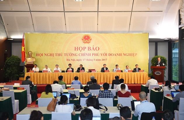 Instan a reducir obstáculos para el avance del sector privado en Vietnam - ảnh 1
