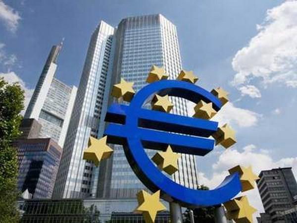 Memperingatkan bahaya Eurozone keberantakan dalam kemerosotan ekonomi baru - ảnh 1