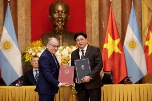 Vietnam y Argentina estrechan cooperación en comunicación - ảnh 1
