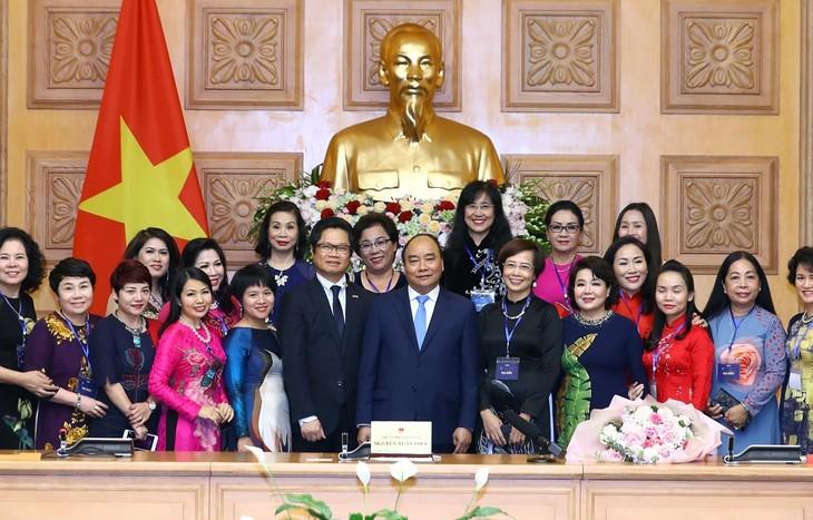 Reconocen a las empresarias vietnamitas más sobresalientes - ảnh 1