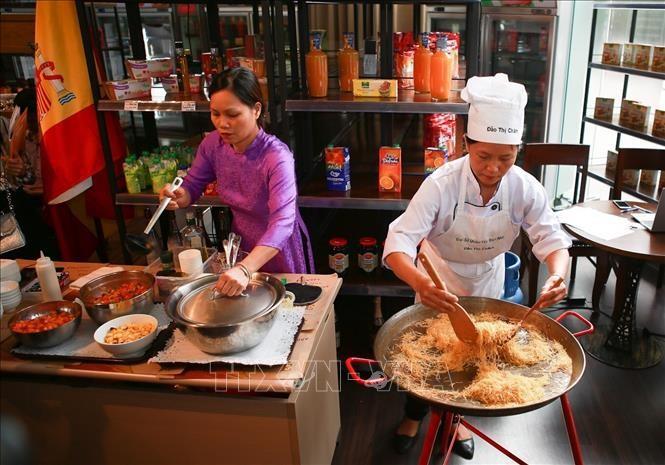 Celebrarán Día Mundial de la Tapa en Vietnam - ảnh 1