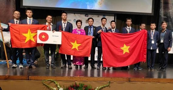 Vietnam logra resultados destacados en Olimpiada Internacional de Astronomía y Astrofísica - ảnh 1