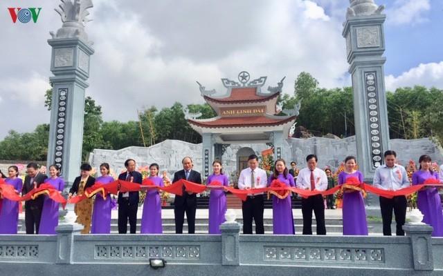 Premier vietnamita participa en acto inaugural del Templo de Mártires en Quang Nam - ảnh 1