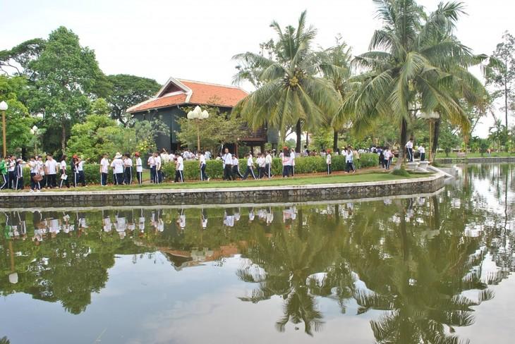 Reina ambiente festivo en Vietnam en ocasión del Año Nuevo Lunar - ảnh 1
