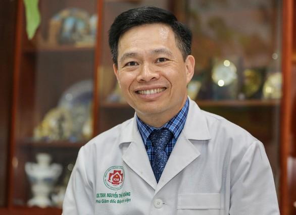 Nguyen The Hoang, médico que marca nueva huella del sector sanitario vietnamita en el mapa mundial - ảnh 1