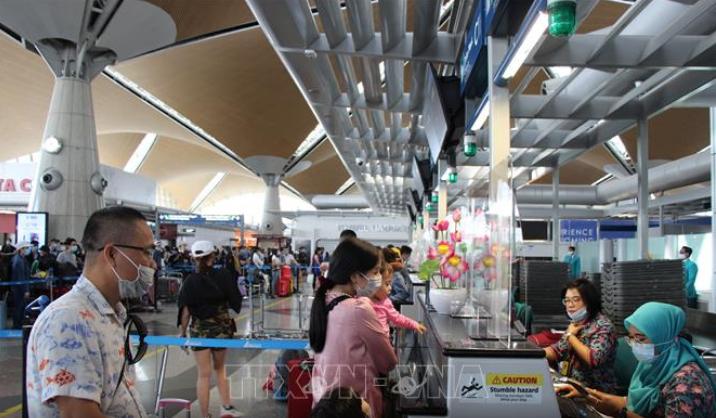 Vietnam repatría a ciudadanos varados en Malasia - ảnh 1