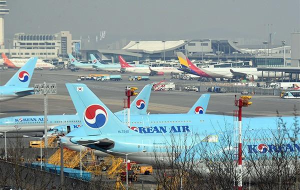 Corea del Sur enviará vuelos chárteres a Vietnam esta semana - ảnh 1