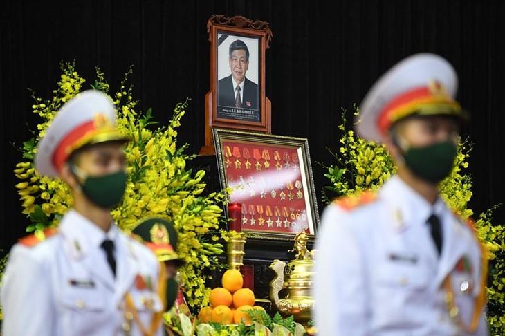 Líderes internacionales envían mensajes de pesar por el deceso de Le Kha Phieu - ảnh 1