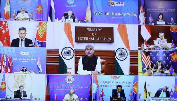 Fortalecen cooperación Asean-UE y Asean-India - ảnh 1