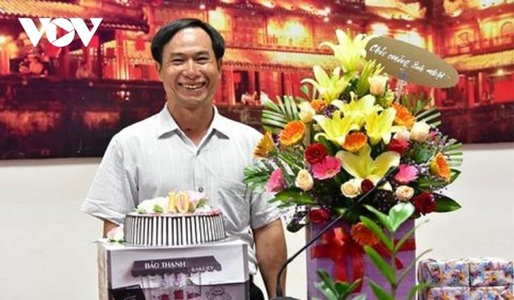 Pham Van Huong, un heroico periodista - ảnh 1