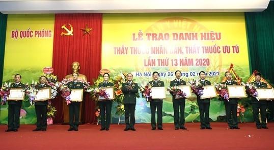Celebran el Día del Médico de Vietnam - ảnh 1