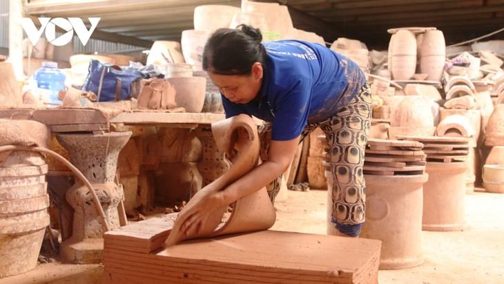 Binh Duong por preservar la profesión de alfarería - ảnh 1