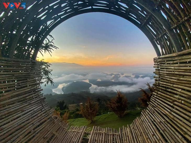 "Lago Ta Dung - ""bahía de Ha Long"" en la meseta - ảnh 3"