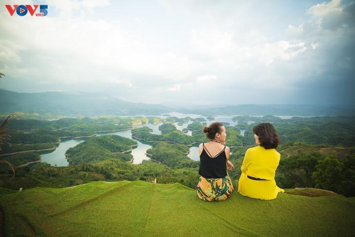 "Lago Ta Dung - ""bahía de Ha Long"" en la meseta - ảnh 6"