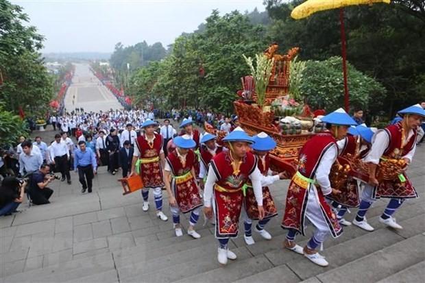 Numerosas actividades en homenaje a los reyes Hung en la provincia de Phu Tho - ảnh 1