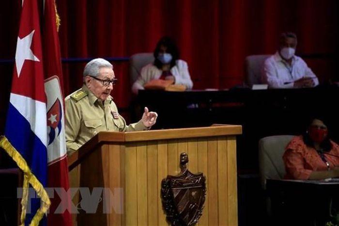 Aprueban cinco resoluciones del VIII Congreso del Partido Comunista de Cuba - ảnh 1