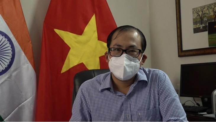 Embajada vietnamita en la India empeñada en proteger a los connacionales ante el covid-19 - ảnh 1