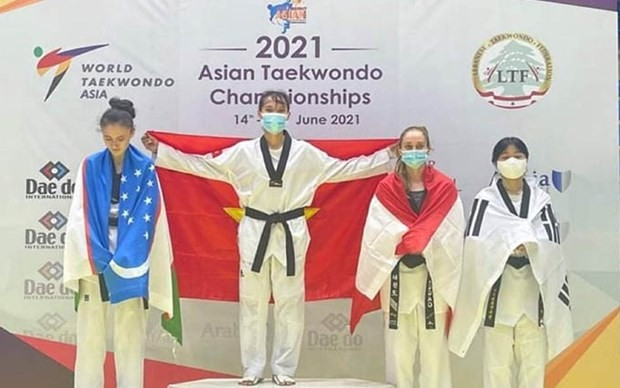 Vietnam logra medalla de oro en el Campeonato asiático de Taekwondo - ảnh 1