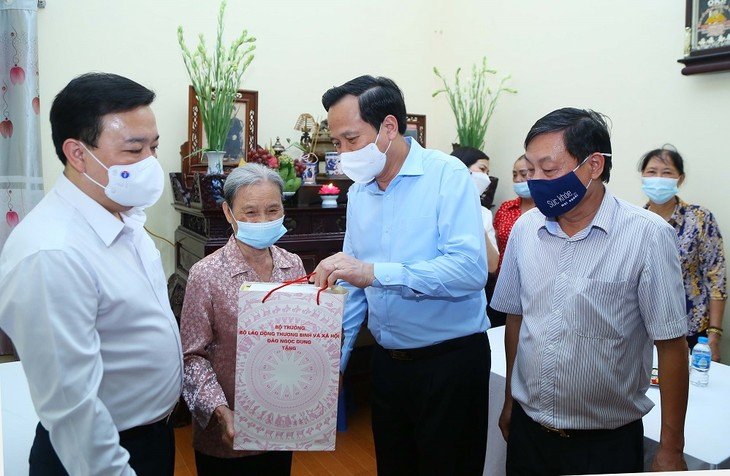 Vietnam garantiza el bienestar de las personas meritorias para con la Patria - ảnh 1