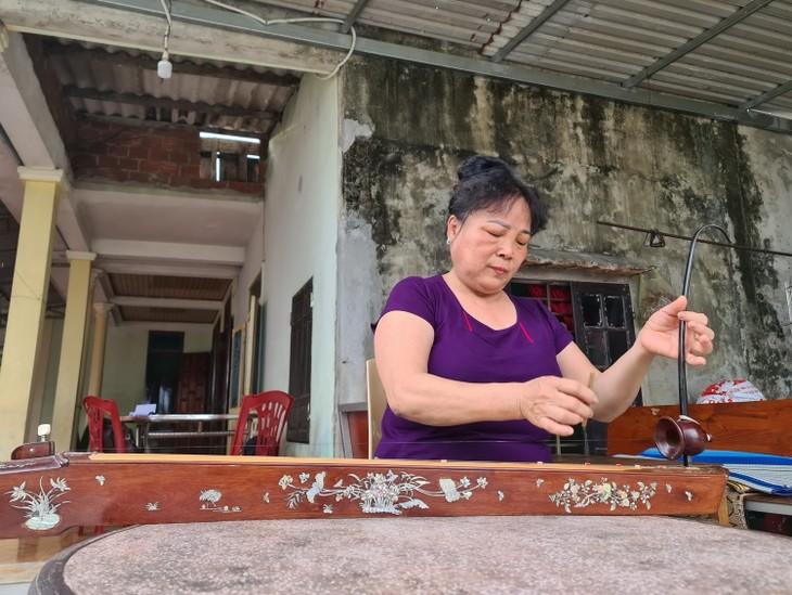 Preservación del canto folklórico Ho Khoan del pueblo Le Thuy - ảnh 2