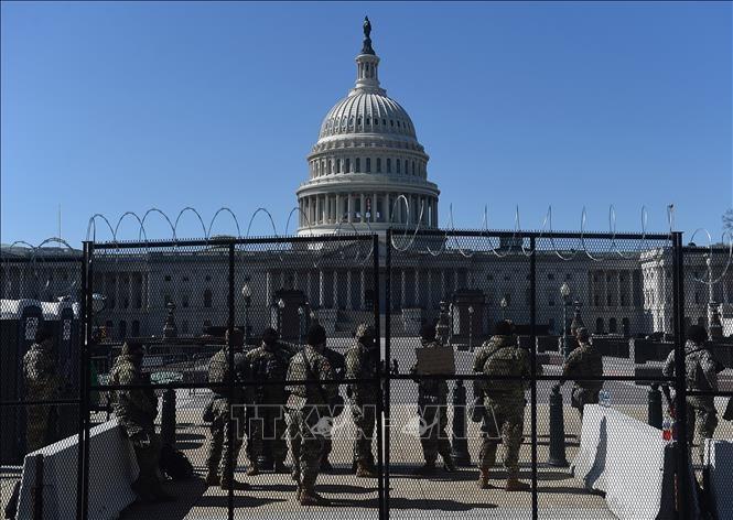 Estados Unidos despliega la Guardia Nacional para proteger el Capitolio - ảnh 1